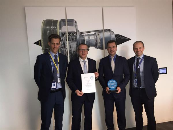 Rolls-Royce Award an FACC